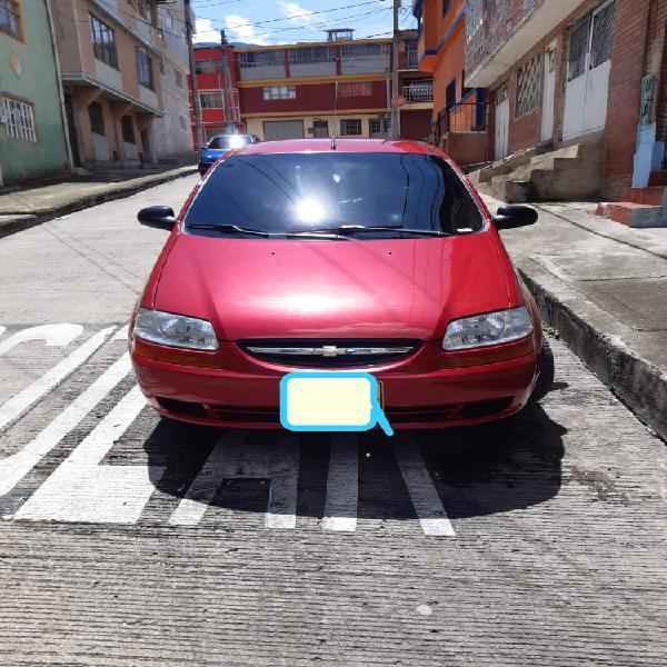 Carro Chevrolet Aveo Famili mod 2012