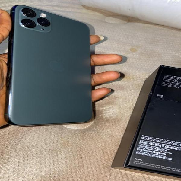 En venta Apple iPhone 11 Pro Max Factory unlocked