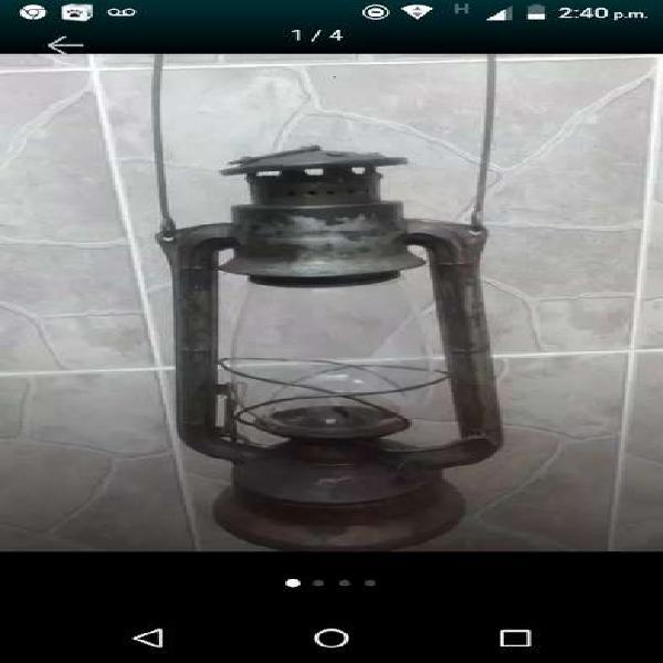 Antigua lámpara checoslovaca