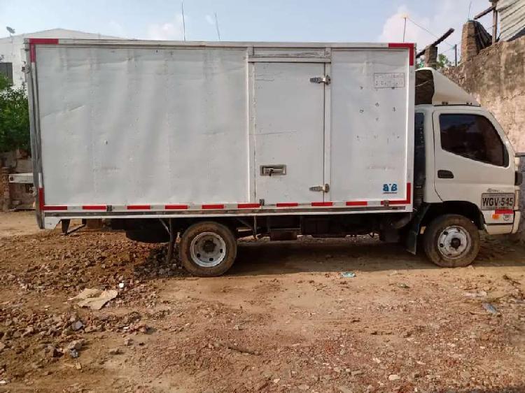 Foton aumark - furgón 4 toneladas, carga seca.