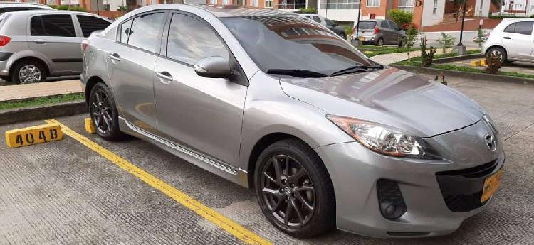 Mazda 3 automatico modelo 2013