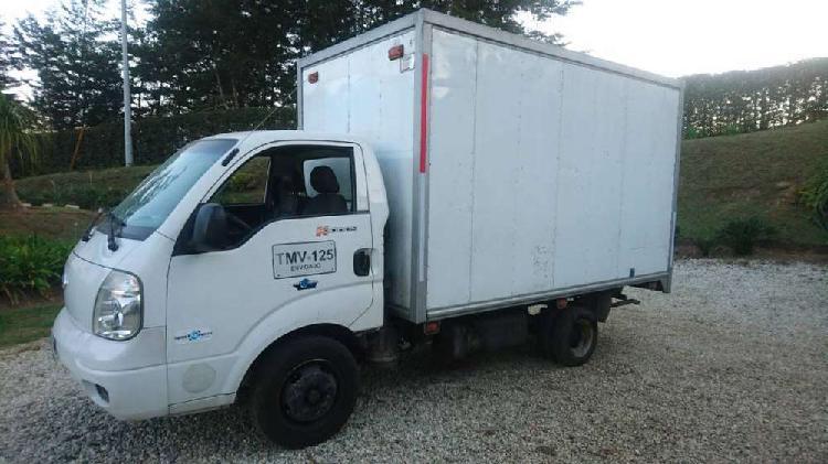 Vendo kia k 3000 modelo 2007 furgon motor recien reparado