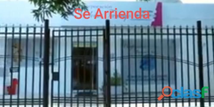 ARRIENDO CASA COMERCIAL