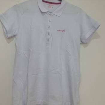 Camiseta blanca quest