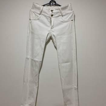 Pantalón (jean blanco)