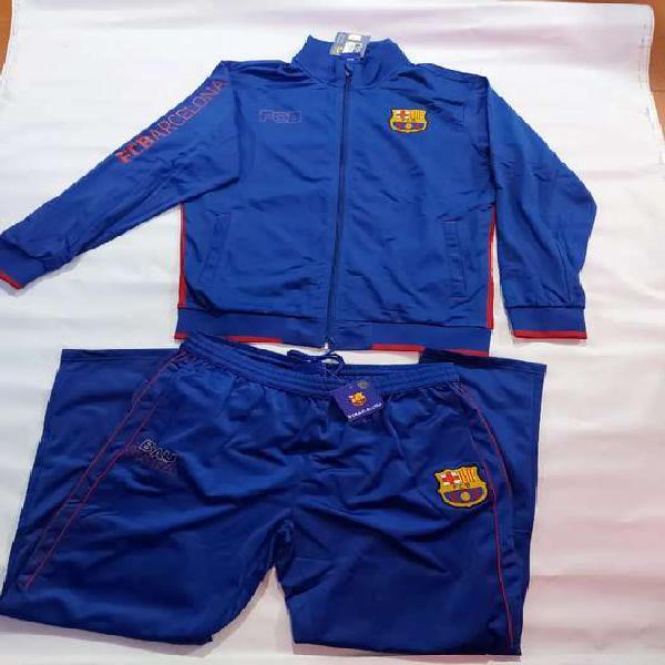 Se venden camicetas originales de equipos europeos