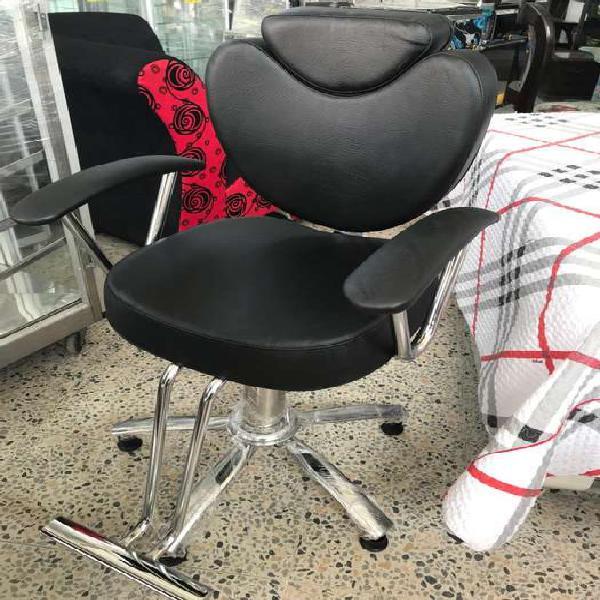 Silla de peluquería y barbería nueva en rionegro,