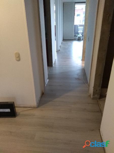 Instalador de pisos laminados