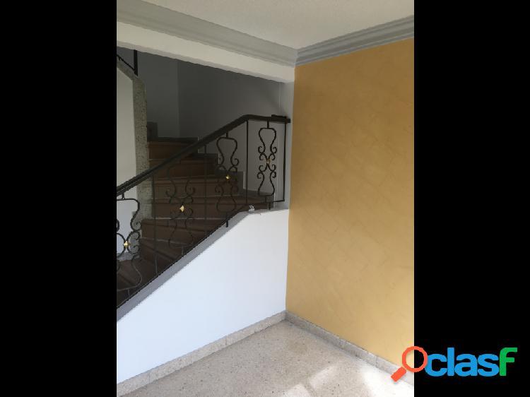 Vendo casa conjunto cerrado sector norte armenia