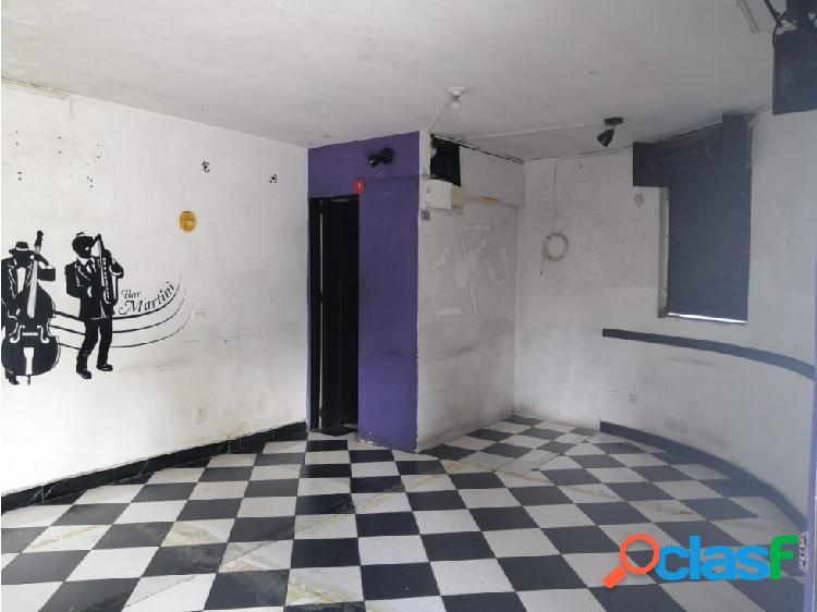 Arriendo local 30 m2 cerca al teatro pablo tobón uribe