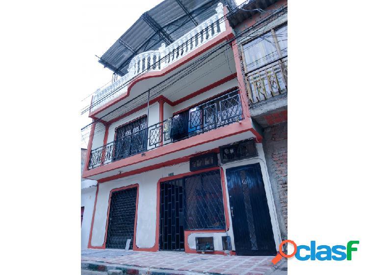 Casa en venta 3 pisos, barrio comuneros ii, cali