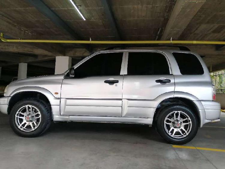 Chevrolet grand vitara 4x4 modelo 2000