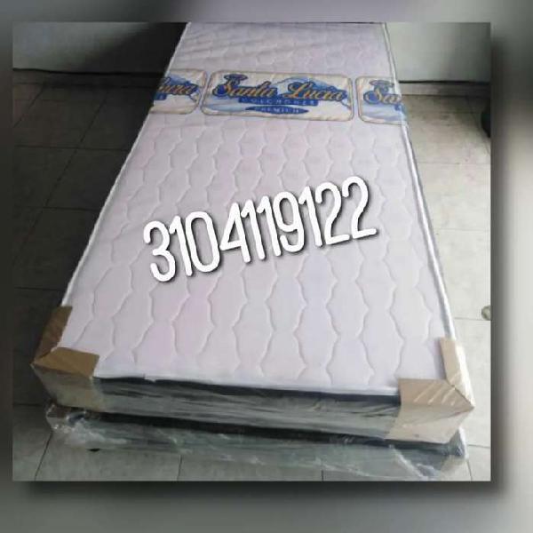 Colchón semiortopedico resortado y base cama negra