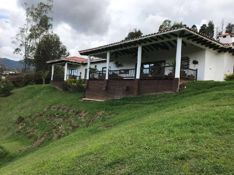Espectacular Casa - Finca - San Antonio De Pereira. 400m2