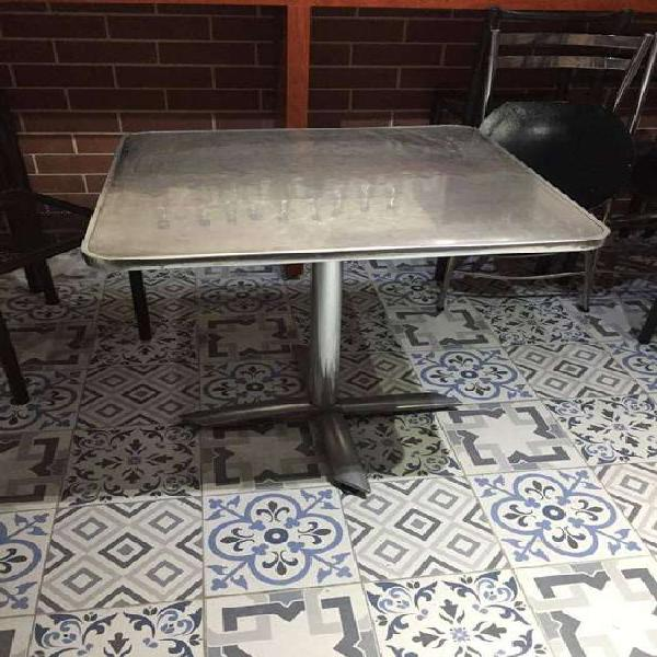 Mesas y sillas restaurante bar cafe exteriores