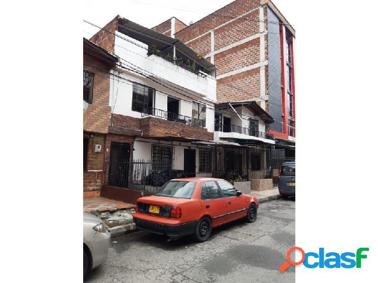 Casa itaguí simón bolivar. piso 2 y 3. se vende