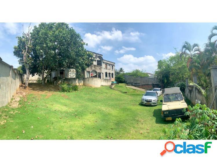 Casa lote independiente en venta en ciudad jardín - cali (f.d.)