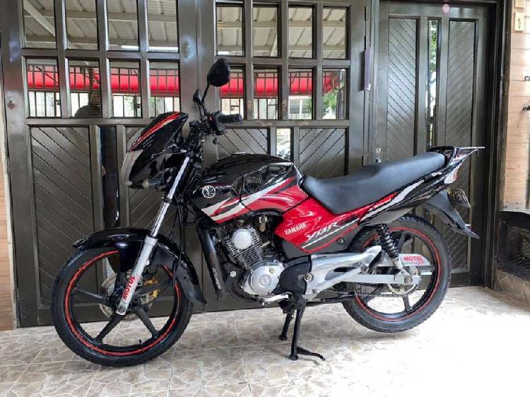 Yamaha ybr 125 modelo 2010 al dia hermosa
