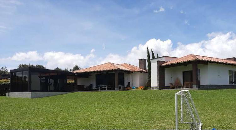Casa campestre moderna y lote en parcelacion rionegro(ant.)