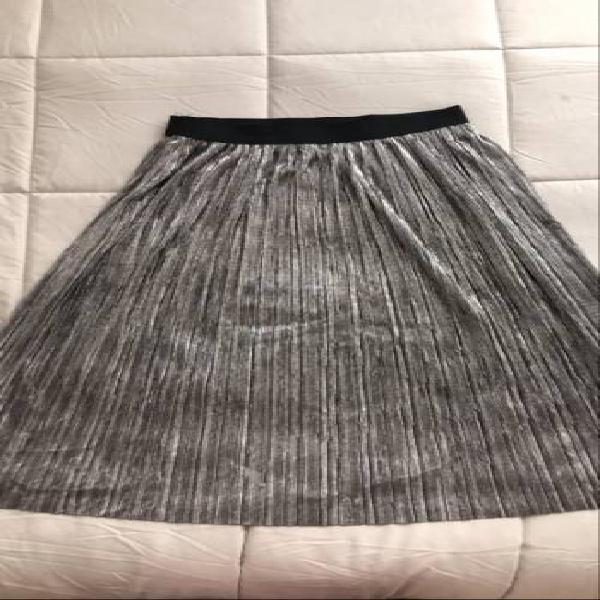 Falda larga nueva