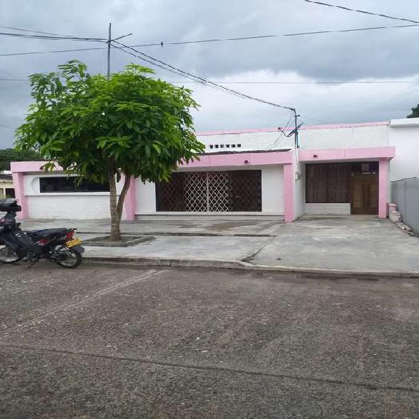 Silva cuesta inmobiliaria vende casa esquinera b/buenavista,