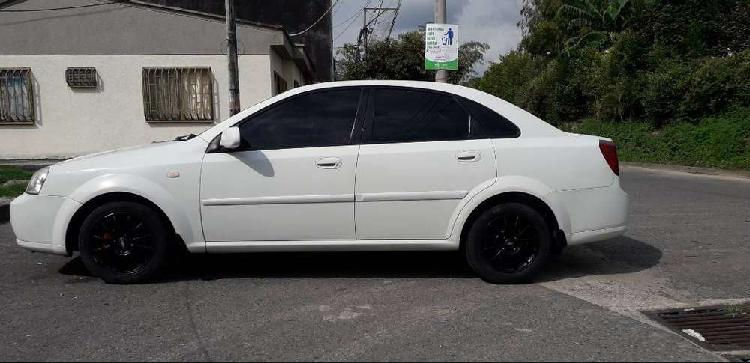 Optra 2005 full equipo