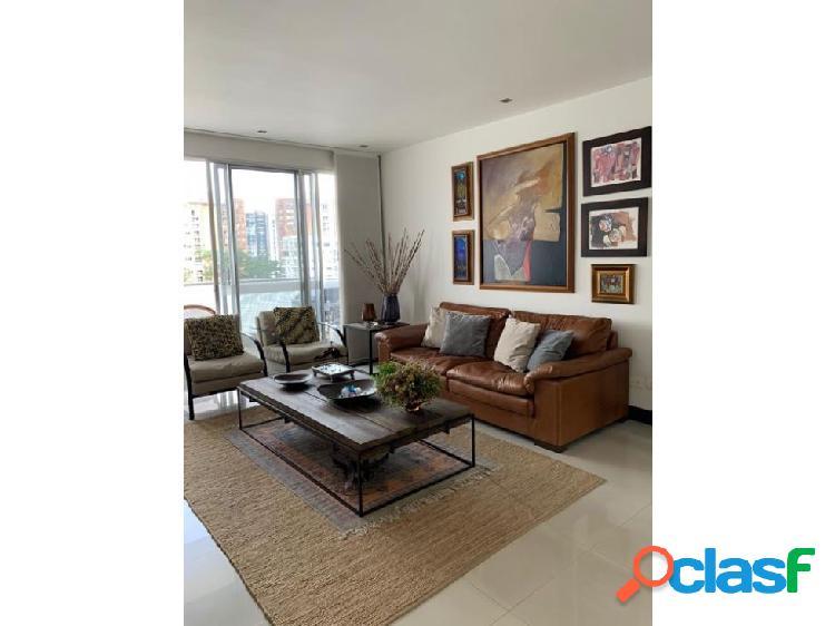 Se renta o se vende espactacular apartamento en pinares alto