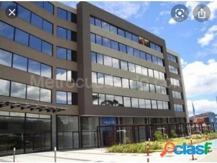 Oficina centro empresarial nou