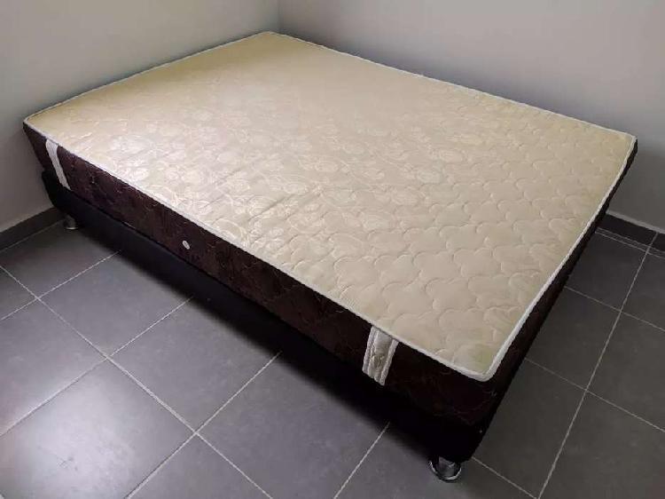Base cama y colchon