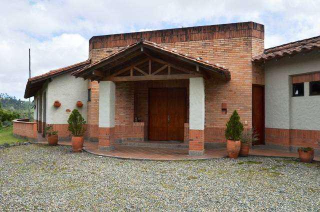 Casa residencial por la loma del escobero envigado para