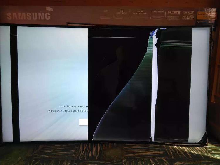Tv samsung nu7300 de 55 pulgadas con pantalla rota