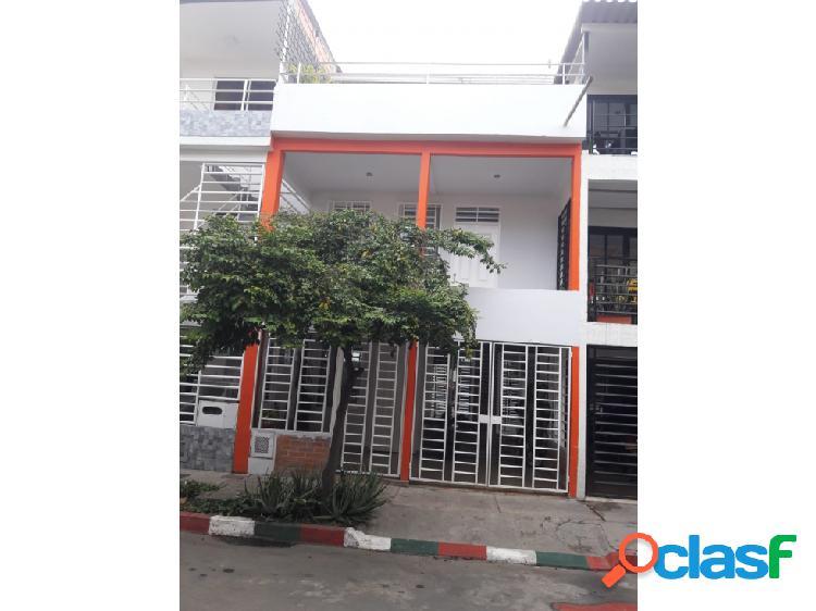 Casa independiente en venta en brisas de los álamos - cali (e.n.)