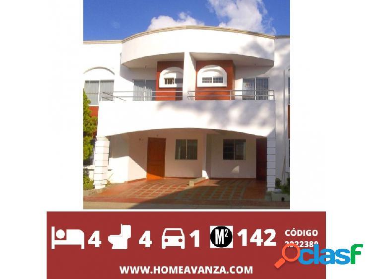 Casa en conjunto residencial balcones de la castellana.