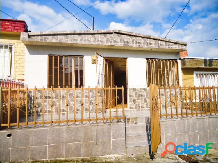 Venta de casa barrio pinares en armenia - quindio