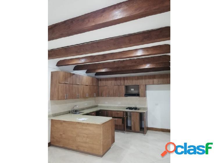 Casa en venta en rionegro sector altos del lago