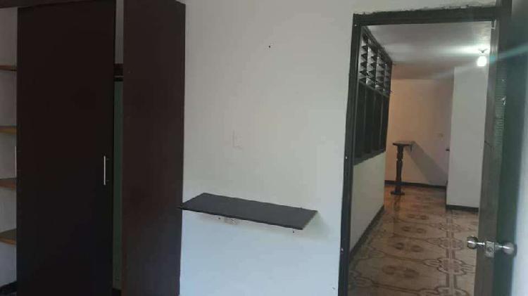 Alquilo apartamento 4 piso interior en bello