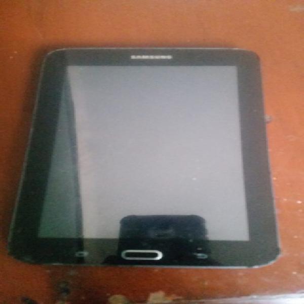 Se vende tablet Marca Samsung tiene dañado el display