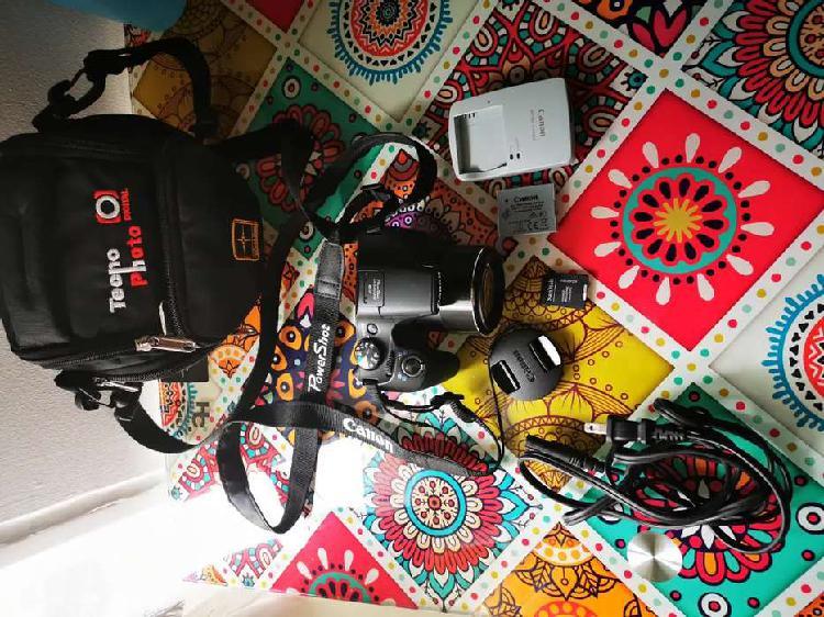 Vendo cámara semiprofesional canon powershot sx540 hs
