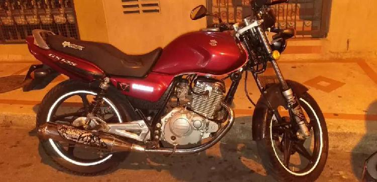 Moto suzuki gs-125l