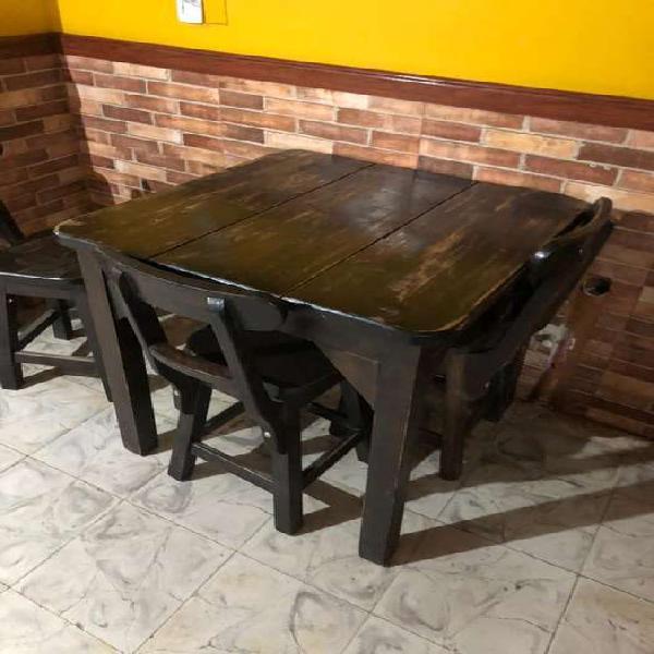 Mesa madera restaurante