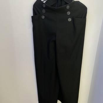 Pantalon negro bota campana