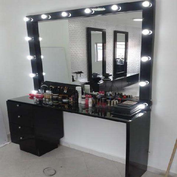 Muebles para peluqueria, muebles para barberia, muebles para
