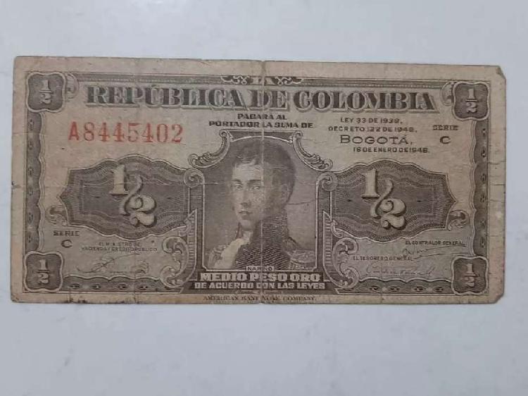 Billete de medio peso colombiano. de 1948