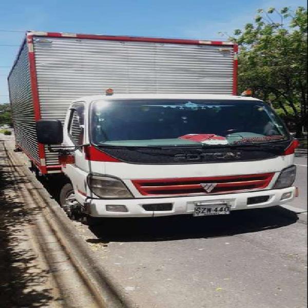Venta de camión furgonado foton