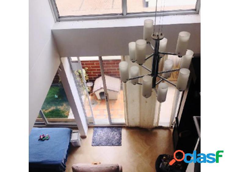 Apartamento dúplex para la venta en la transversal superior