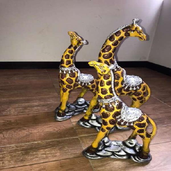 Figuras decorativas jirafas