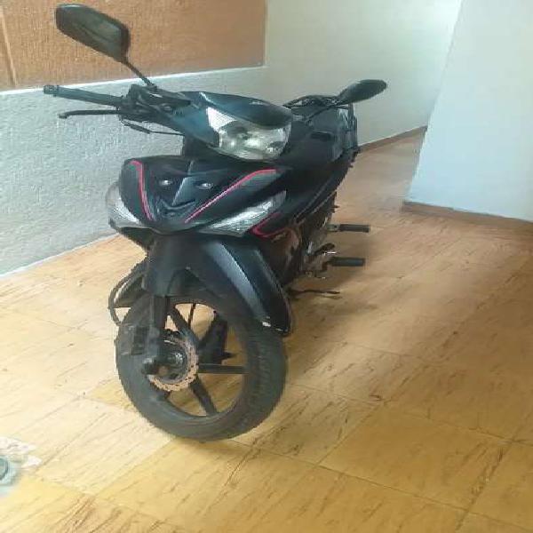 Vendo moto akt especial