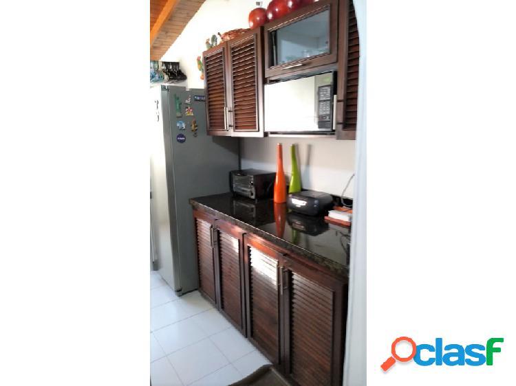 Venta de bonito apartamento en el poblado sector san julian