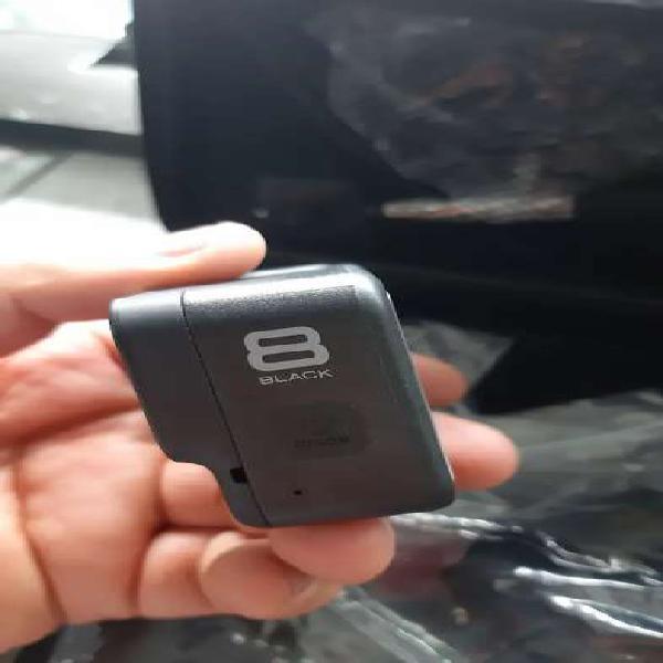 Vendo cámara go pro 8 black como nueva