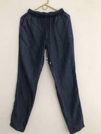 Pantalon en jeans talla 6 studio f